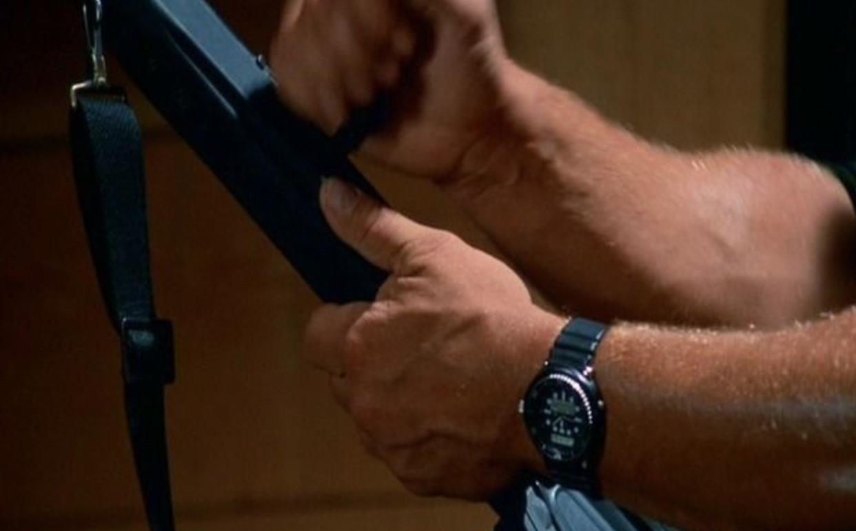 What Watch Does Arnold Schwarzenegger Wear In Predator?