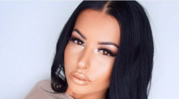 What Camera Does Makeup Instagramer Amrezy Use?